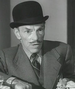 Photo of Ivor Barnard