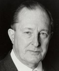 Photo of Peter Cellier