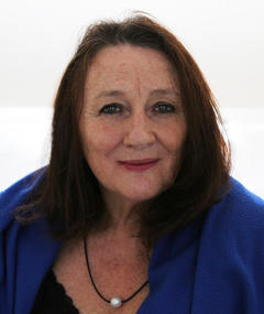 Photo of Lindy Davies