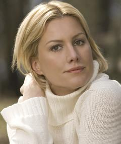 Photo of Alice Evans