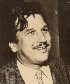 Ahmet Tarik Tekçe adlı kişinin fotoğrafı