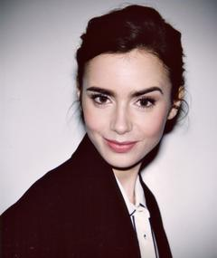 Photo of Lily Collins