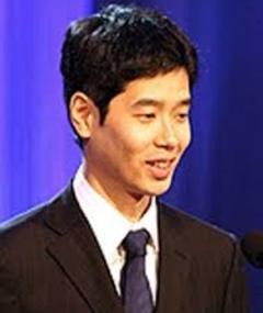 Yoshiyuki Koike adlı kişinin fotoğrafı