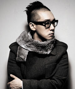 Photo of Park Ji-woong (Ji Bark)