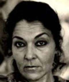 Photo of Shenda Román