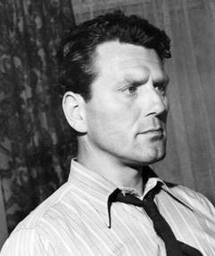 Photo of Charles McGraw