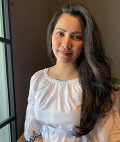 Nina Iskandar का फोटो