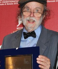 Noël Burch adlı kişinin fotoğrafı