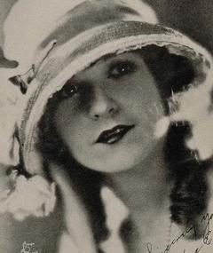Photo of Helen Lynch