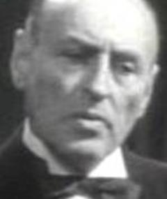Photo of Léon Arvel