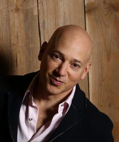 Photo of Evan Handler