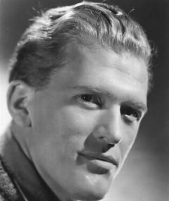 Photo of Gordon Jackson
