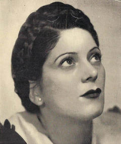 Photo of Nora Cullen