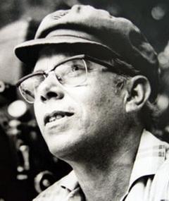 Poza lui Julio García Espinosa