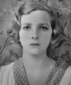 Photo of Gladys Cooper