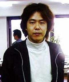Akihiko Shiota এর ছবি