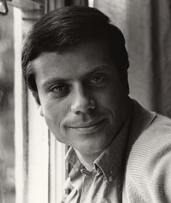Photo of Oliver Reed