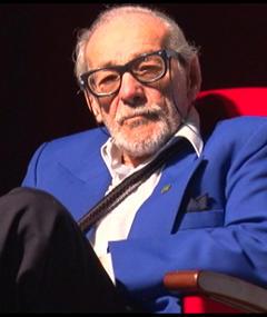 Photo of Enrique Victoria