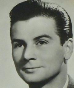 Photo of Gilbert Gil