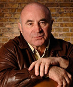 Photo of Bob Hoskins