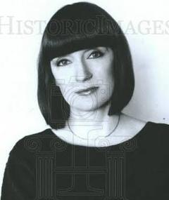 Photo of Teresa Carpenter