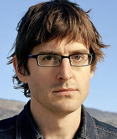 Photo of Louis Theroux