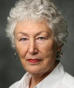 Gambar Richenda Carey