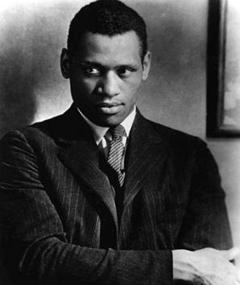 Photo of Paul Robeson