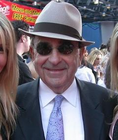 Photo of Carl Mazzocone Sr.