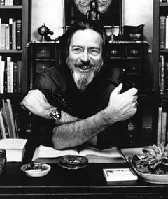 Photo of Alan Watts