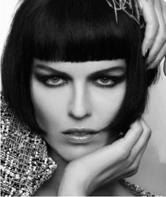 Photo of Eva Herzigova