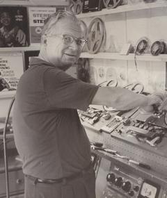 Photo of Van Cleave