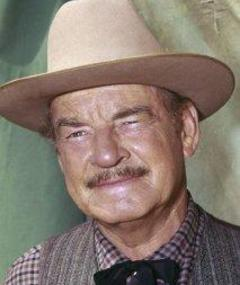 Photo of Ray Teal
