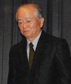Photo of Akira Suzuki