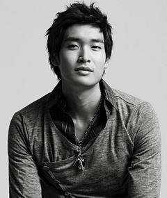Photo of Jung Gyu-Woon