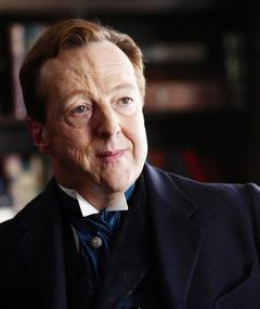 Photo of Edward Hibbert