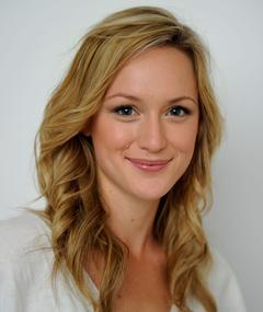 Photo of Kerry Bishé