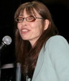 Photo of Ellen Lutter