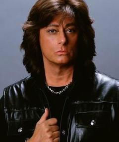 Photo of Joe Lynn