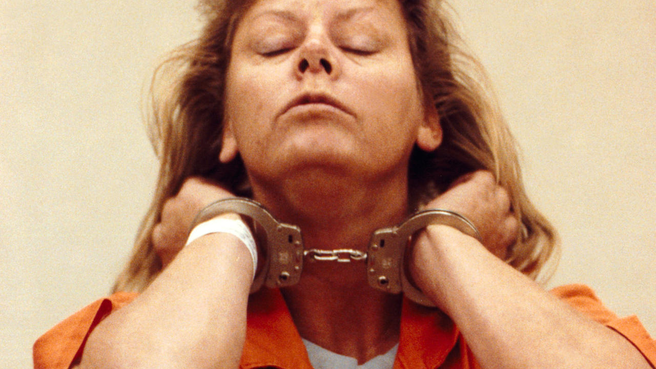 aileen wornos Aileen carol wuornos pralle was an american serial killer who murdered seven men in florida between 1989 and 1990 by shooting them at point-blank range wuor.