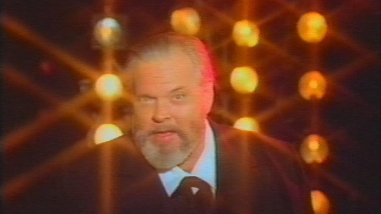 the orson welles show The orson welles show the proposed pilot episode for orson welles' television talk show it was completed in 1979 but the 79-minuter was never aired a part of the show was done in front of a.