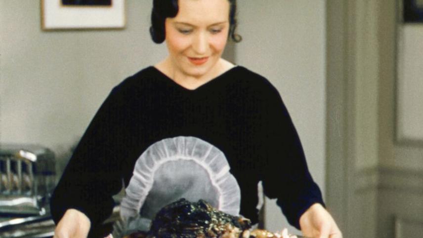 """Mrs. Mortimer Jones Prepares """"Dinner for Eight"""""""