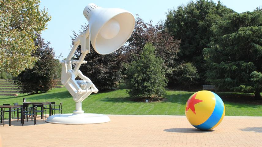 Luxo Jr. in 'Surprise' and 'Light & Heavy'