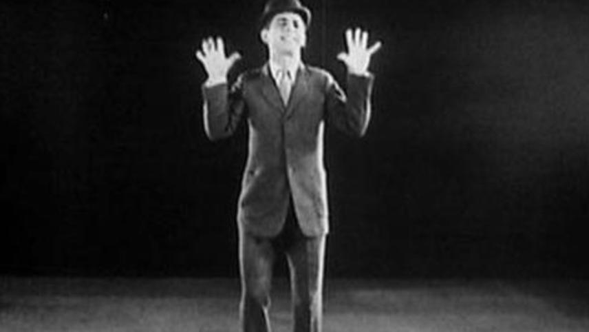 A Few Moments with Eddie Cantor, Star of 'Kid Boots'