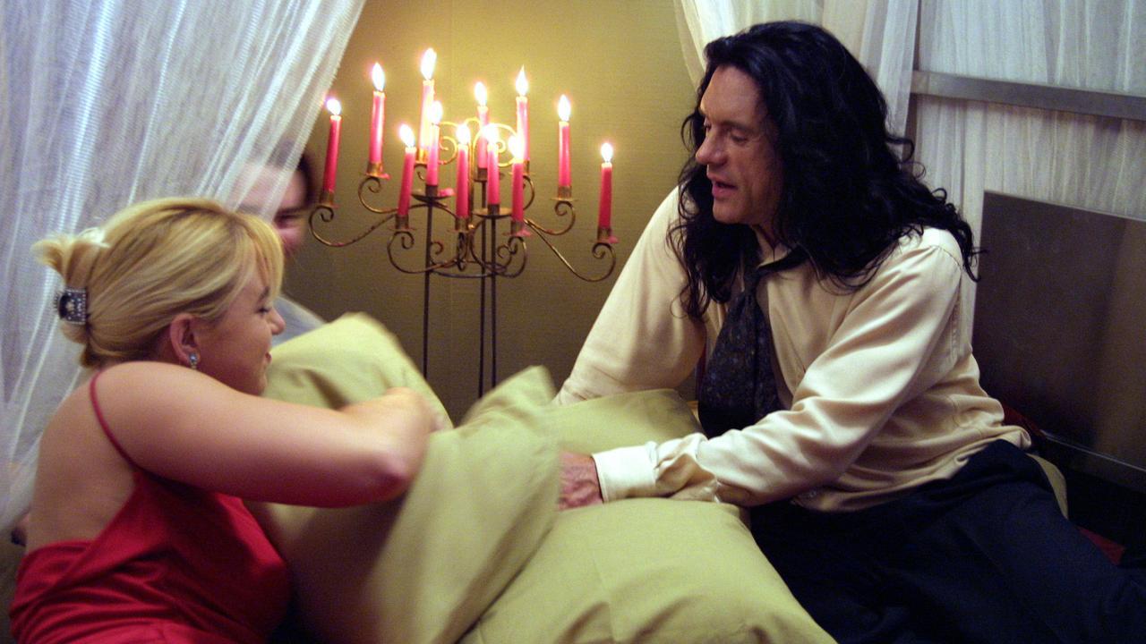 The Room słynie z odważnych scen erotycznych
