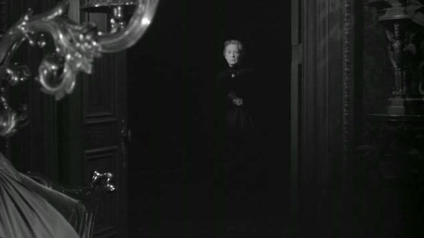 Alfred Hitchcock Presents: Banquo's Chair