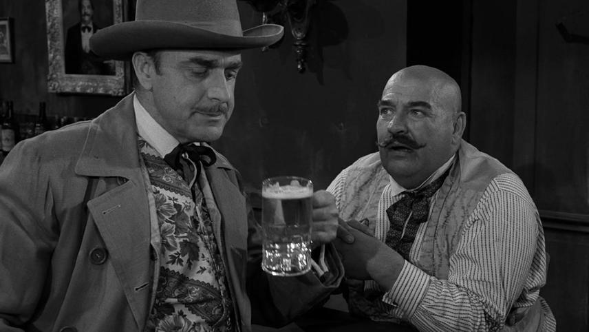 The Twilight Zone: Mr. Garrity and the Graves