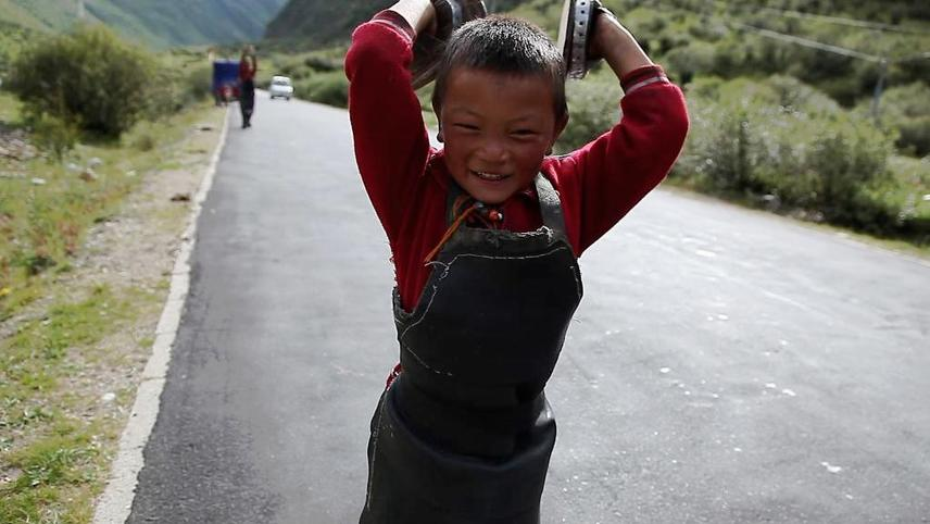 The Road Toward Jokhang