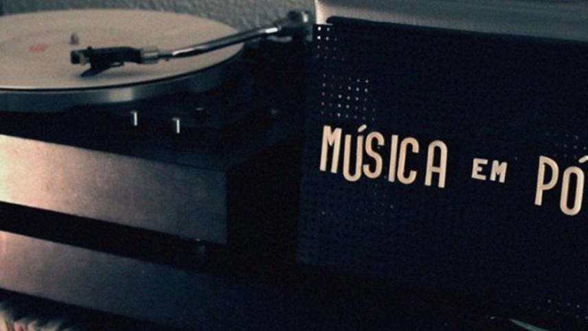 Música em Pó