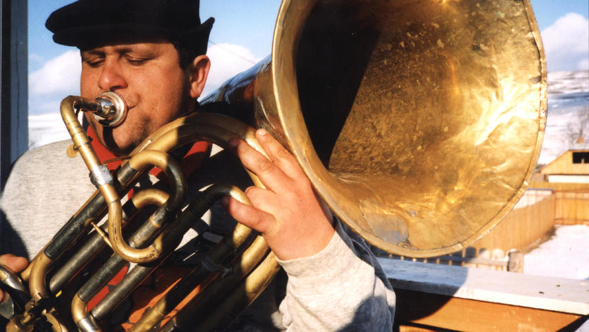 Iag Bari: Brass on Fire